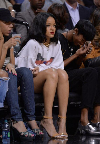 Summer Classic Charity basketball game in NYC - August 21, 2014 - 040 - Rihanna Daily Photo Gallery - 24/7 Source for Miss Rihanna
