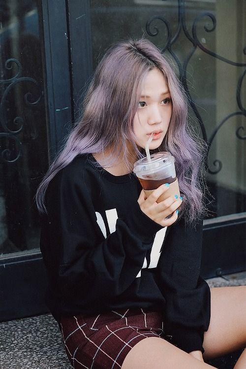 She looks like Kai from Exo ㅋㅋ