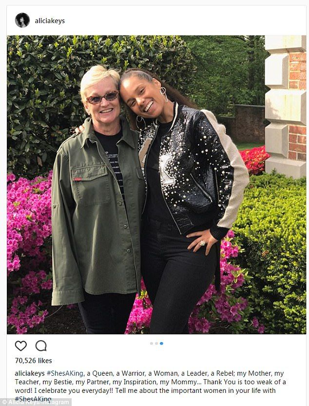 Her mommy: Alicia Keys posed with her mother who she called a 'Queen and a Warrior'