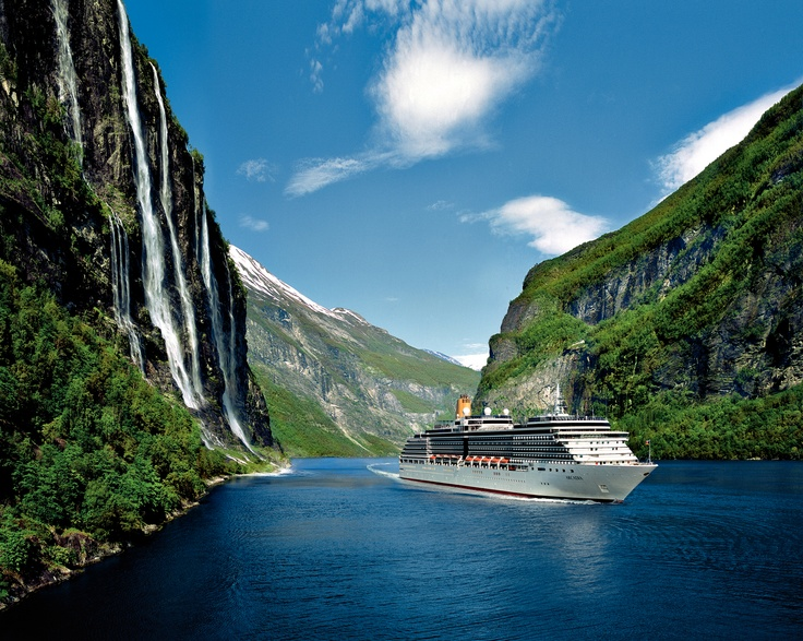 P Arcadia Cruise. One of our favourite Cruise snaps we have - up close and at one with nature.
