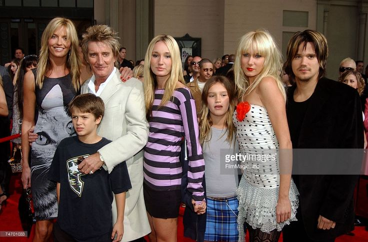 Rod Stewart and Penny Lancaster (L) and his children (L-R) Liam Stewart, Ruby Stewart, Renee Stewart, Kimberley Stewart and Sean Stewart at the 31st Annual American Music Awards - Arrivals at Shrine Auditorium in Los Angeles, California. 2003