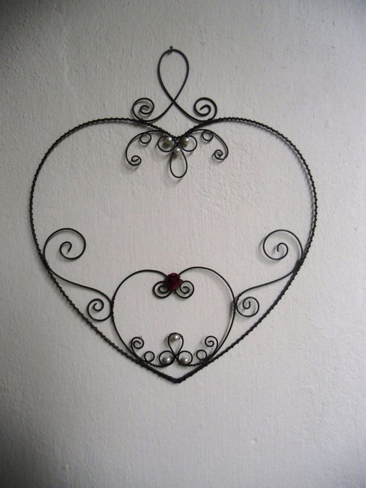 133 best wire art - hearts images on Pinterest | Wire work, Wire ...