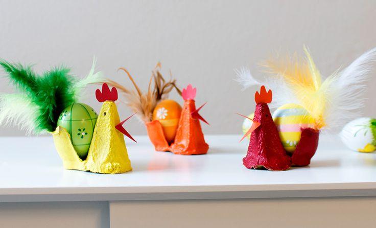 Osterbasteln mit Kinder: so einfach bastelst Du einen Hahn aus Eierkarton