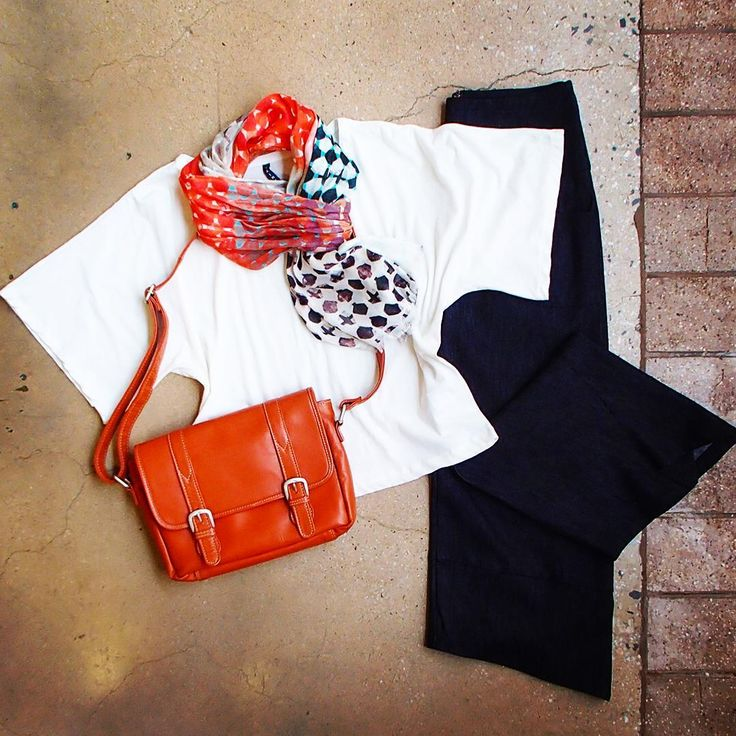 What's on for the weekend? @starashan Kite Pants...I know, I've posted them before, but they really are the most comfortable & versatile pair of jeans I own! @saintsthelabel Cotton Tee, @leathercargo Edel IV Bag & @thescarfcompany.com.au Modal Silk Scarf. Gorgeous!