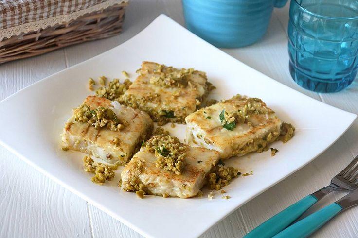 Filetti di merluzzo in padella, scopri la ricetta: http://www.misya.info/ricetta/filetti-di-merluzzo-in-padella.htm
