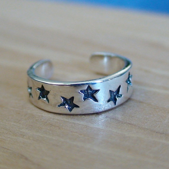 STARS TOE RING  Sterling Silver Toe Ring by AgHalo on Etsy, $16.00