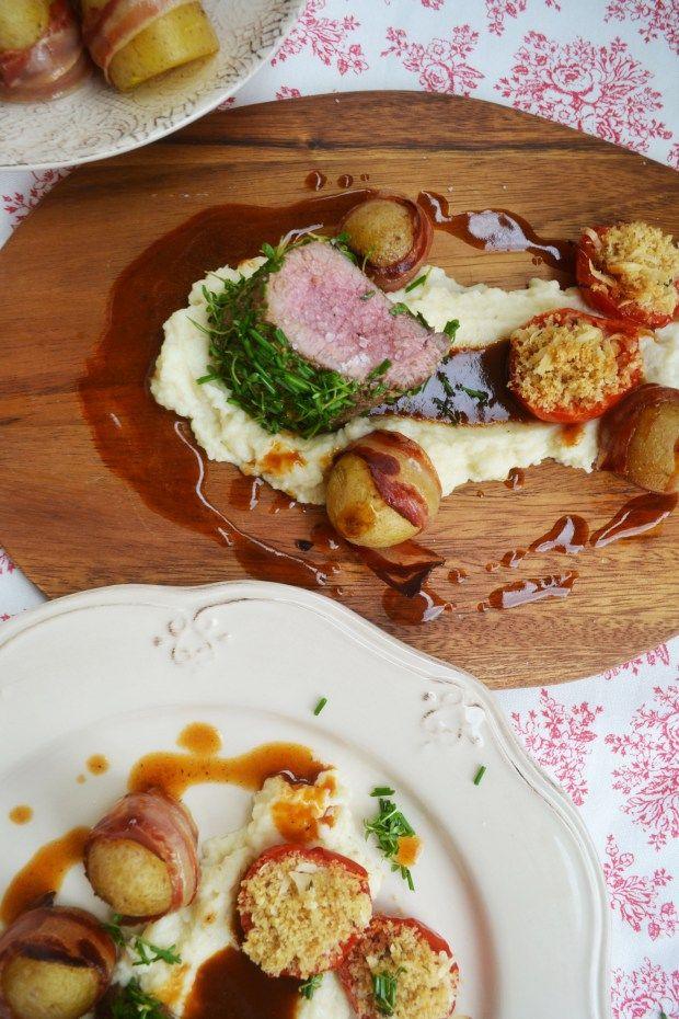 Lammfilet im Kräutermantel an Selleriepüree und Speckkartoffeln