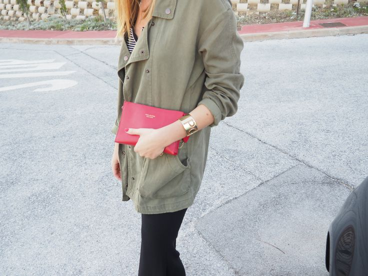 Military jacket with Vera Blonde bag in red by Ana Vera from www.avrsthings.com
