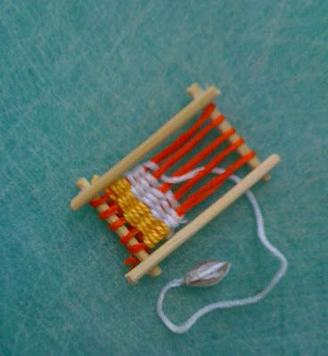 mini dollhouse loom made from bamboo skewers  Small World Land dollhouse blog