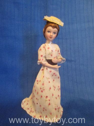Laura-Timmins-From-Lark-Rise-to-Candleford-DeAgostini-porcelain-doll