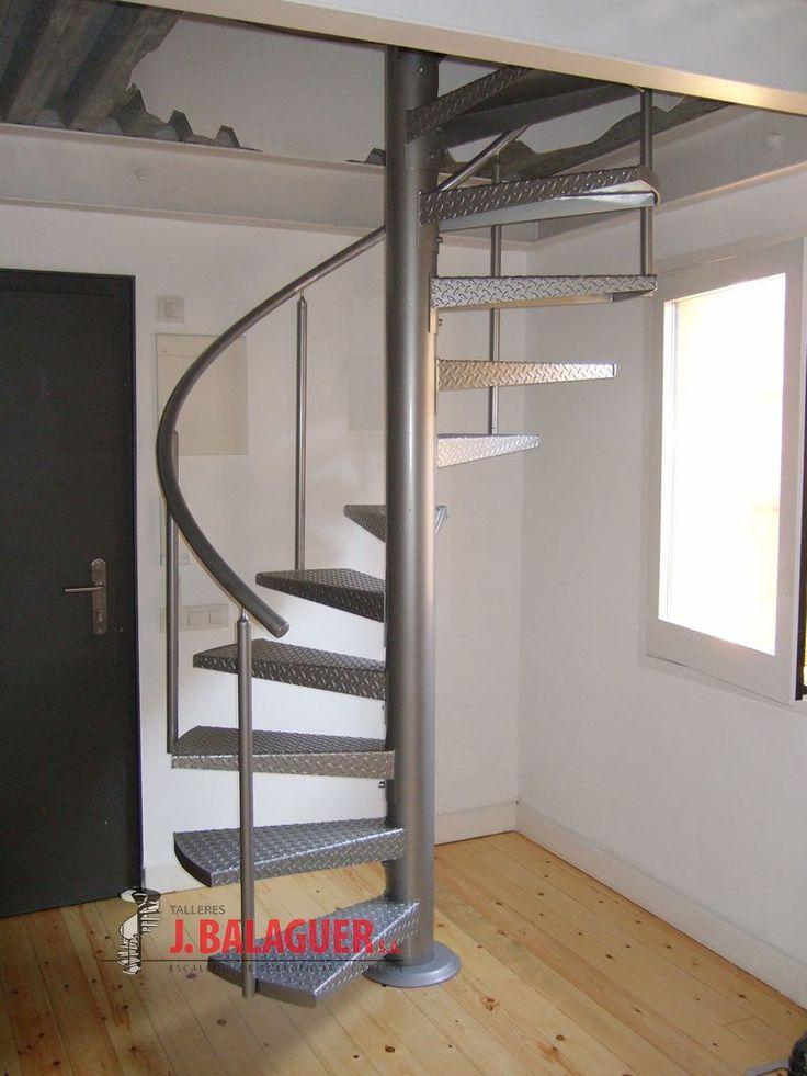 25 best ideas about escaleras en caracol on pinterest - Escaleras para casa ...
