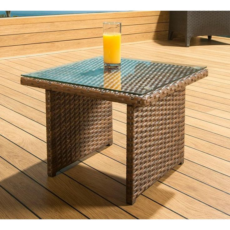 This small end table is an ideal accessory to our loungers, sunbeds, daybeds , hanging chairs etc Made from fully weatherproof PE rattan, hand woven over a rust resistant frame. This maintenance free set is designed to be left outside all year round witho