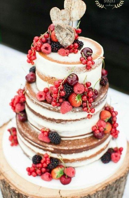 Inspiration pour un mariage rustique : le wedding cake                                                                                                                                                                                 Plus