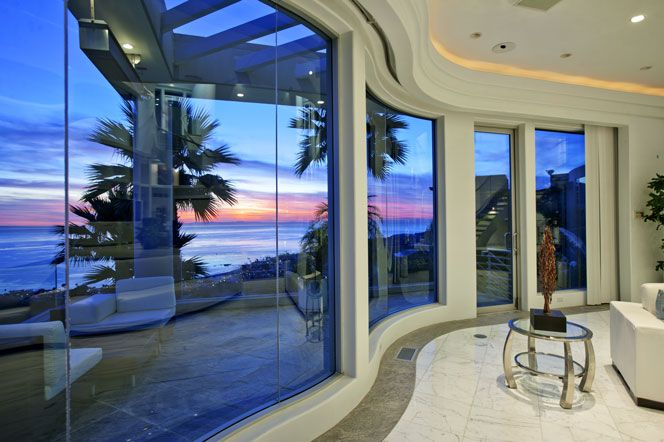 36 best dream home with a view images on pinterest beach for Houses for sale laguna beach
