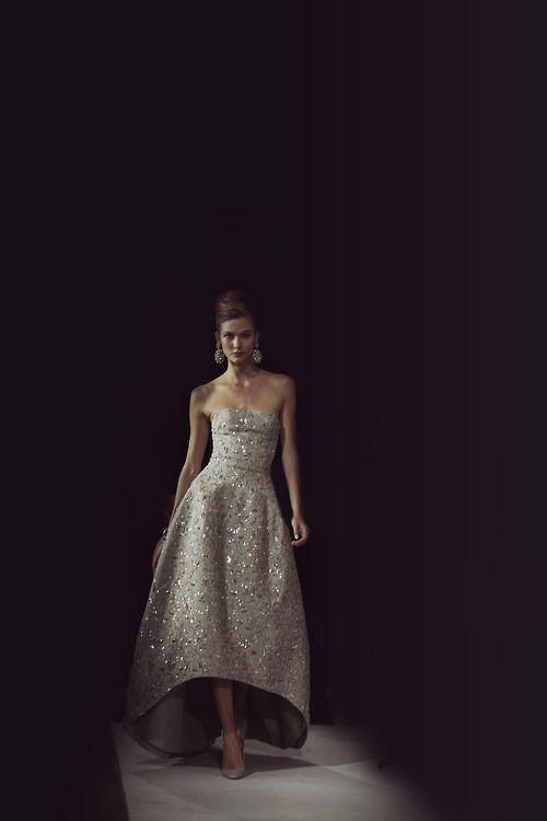 Karlie at Oscar de la Renta: Wedding Dressses, Oscar De La Renta, Karlie Kloss, Wedding Dresses Kar Kloss, James Nord, Dreams Dresses, Oscars, The Dresses, Stunning Dresses