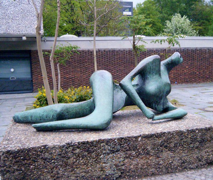 Good Henry Moore Akademie der K nste Berlin