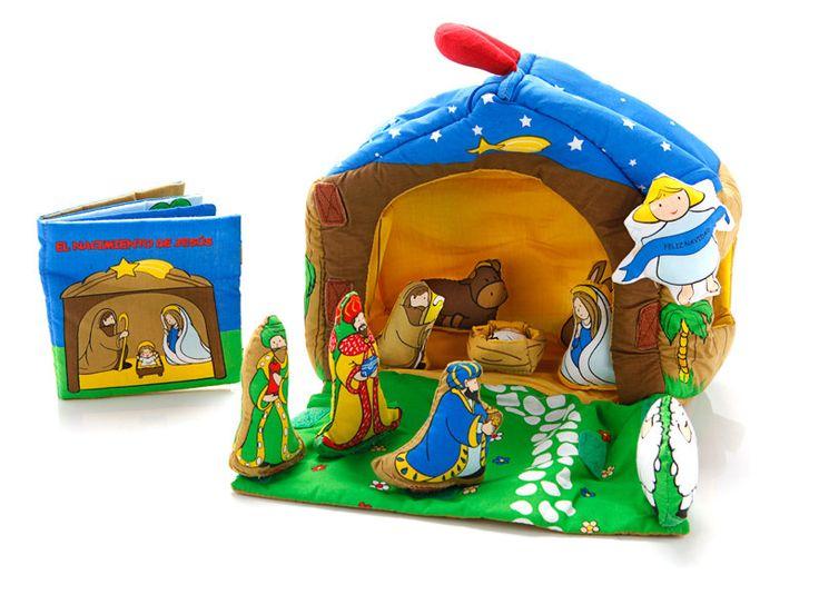 Maletita de tela que contiene un Belén que el niño podrá montar y un libro en el que se narra la historia del nacimiento de Jesus.