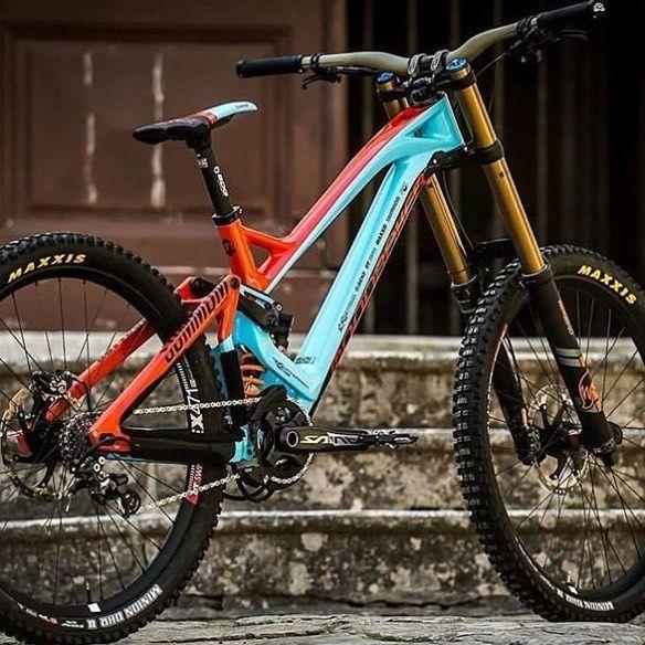 2019 Mondraker Fan Rate 1 10 Credit Downhill Bike Downhill