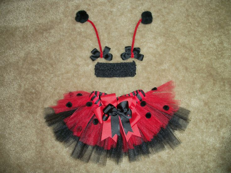 Newborn ladybug tutu set photo prop costume by CatyRoseBows, $30.00