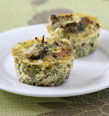 Petits flans aux brocolis et lardons - Recettes de cuisine Ôdélices
