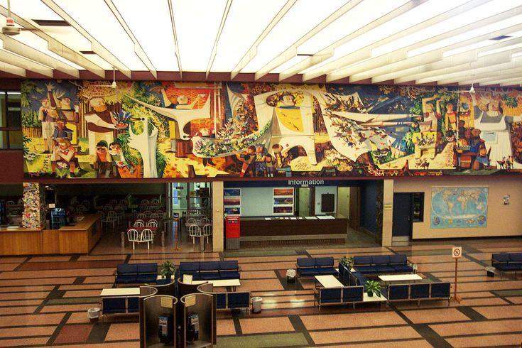 2003-03-29 - 05 - Gander International Airport Waiting Area Mural1