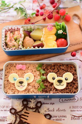 【キャラ弁】2色そぼろのダッフィー&シェリーメイ弁当 | +5分で☆かわいいお弁当