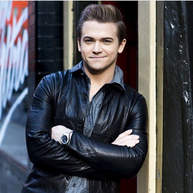 THIS IS MAKING ME NOT ABLE TO BREATHE AND LIKE........WOW!!!!! Hunter u need to stop bfore u kill us!!