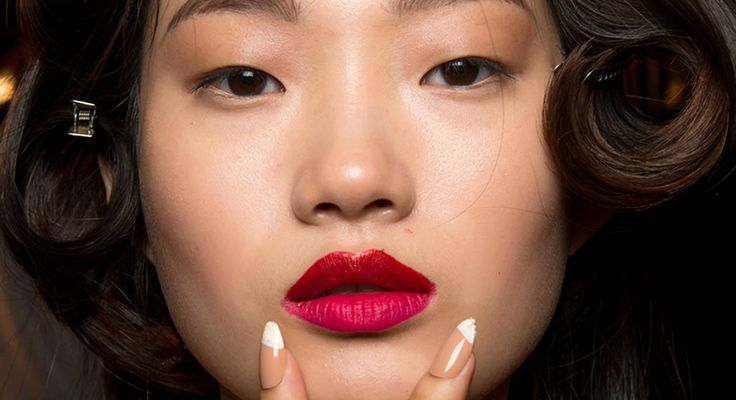 Descubre las tendencias de uñas coreanas que nos vuelven locas.