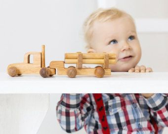 TheSwedishIvy:  Modern and Scandinavian inspired children's clothing and toys.