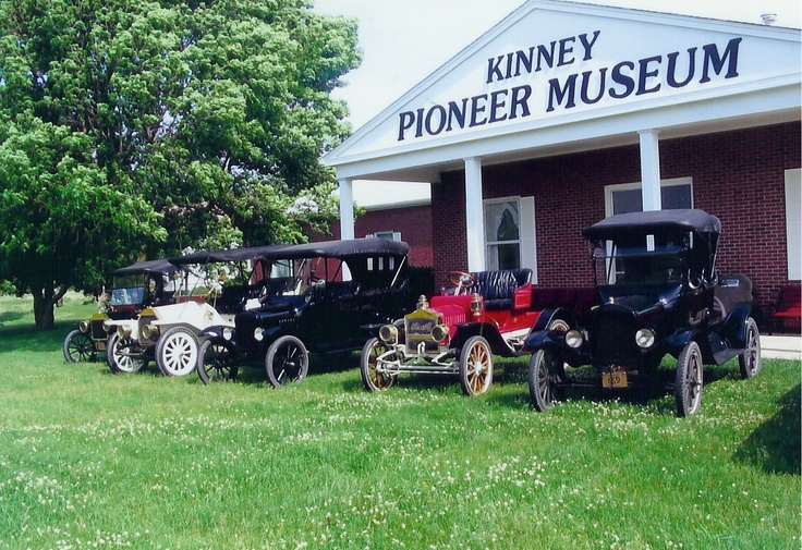Kinney Pioneer Museum in Mason City, Iowa    http://www.visitmasoncityiowa.com/index.php/kinney-pioneer-museum