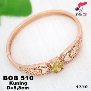 Perhiasan Xuping Gelang Wanita Elizabeth Batu Zircon Gold OB 510  Perhiasan Xuping Lapis Emas 18k, Awet dan Tahan Lama, pancaran kilau cantik . Tampil cantik dengan keunikan pilihan model dan warna sesui hati anda  Fast Respon Pin BBM : D5B0B9AB  WA/SMS/Telp : 081546577219  bahan dasar tembaga (bukan besi). dilapisi RODHIUM yang biasanya digunakan untuk melapisi emas di toko-toko emas 18k.Permata Zircon, Bisa di sepuh ulang dan anti alergi.