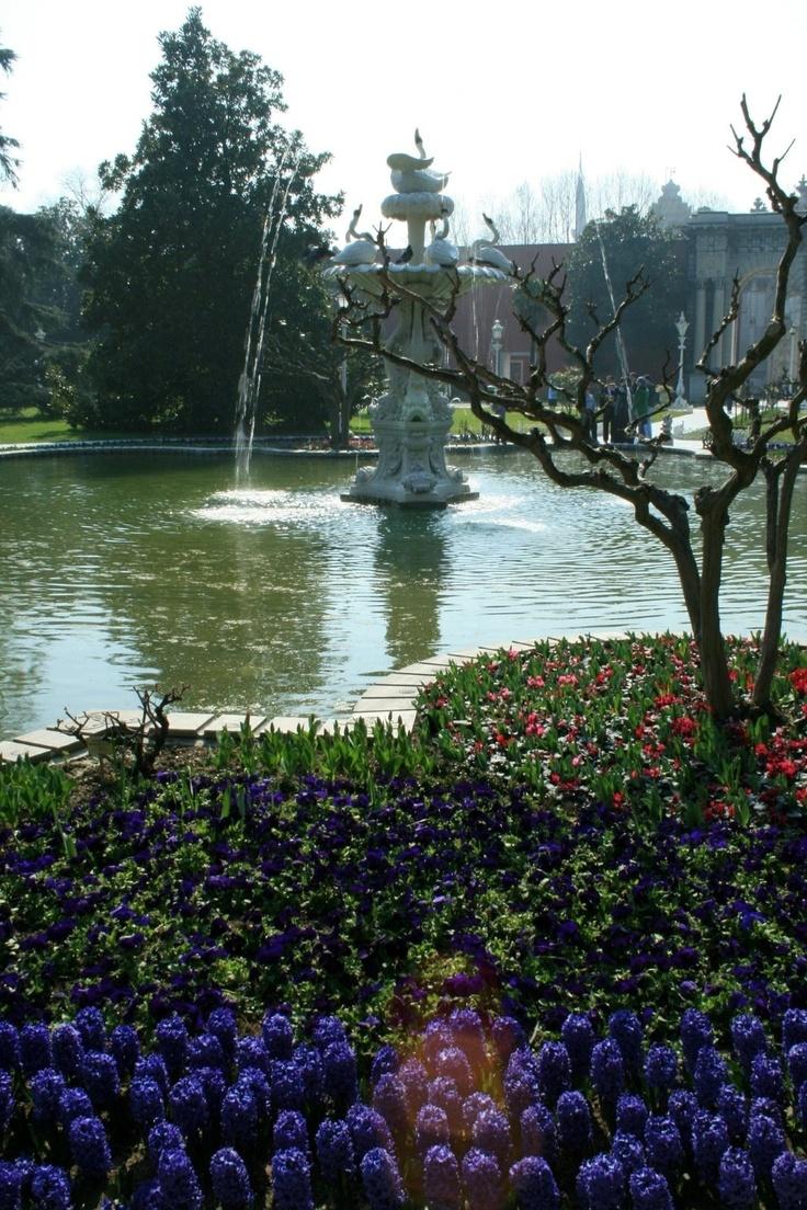 Dolmabahçe garden