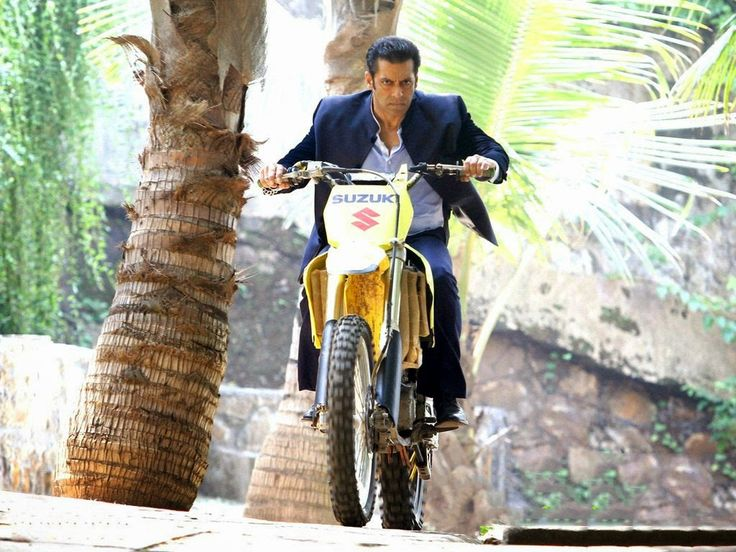 Wallpaper's Station: Salman Khan | Film Actor HD Wallpapers   Bollywood, Download, film, Free, HD, Hot, latest, Movies, new, pics, sallu, Salman Khan, salman Khan actor, salman khan body, salman khan image, salman khan images, Salman Khan photos, salman khan wallpaper, Wallpapers
