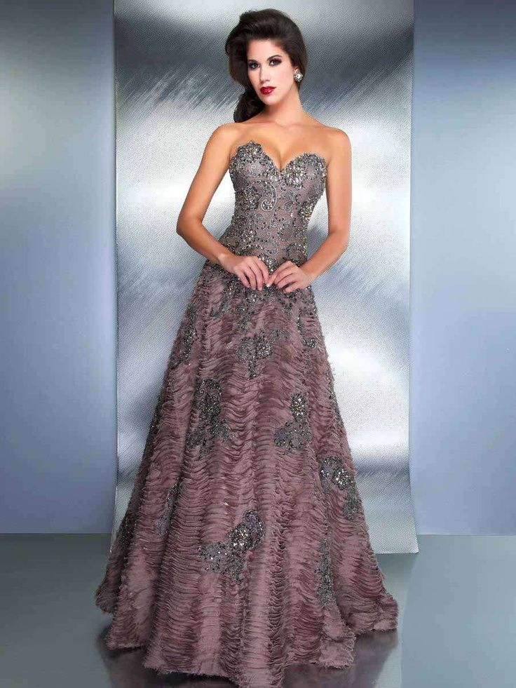 Cheap Old Fashioned Ball Gowns