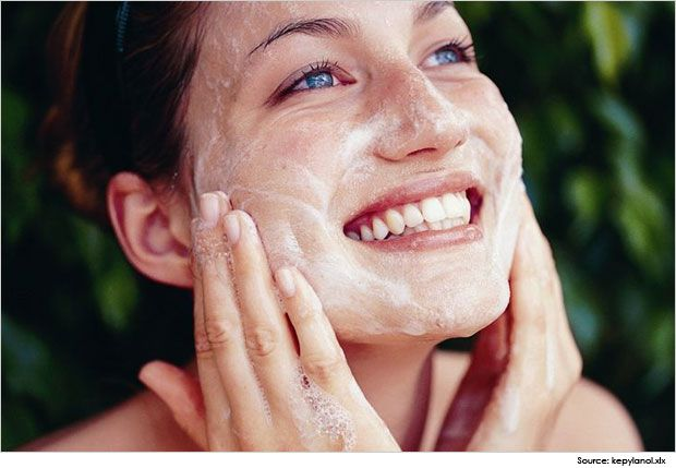 Try these amazing home remedies for glowing skin and the best way to get rid of black heads. Check out how Oatmeal, papaya, cinnamon,…