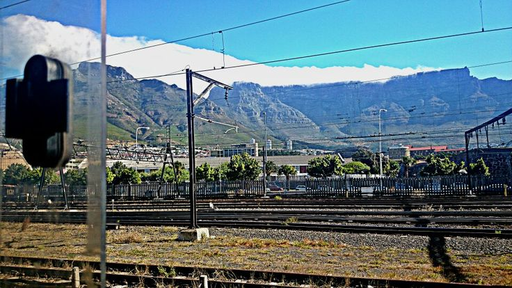 A shot of #tablemountain on a daily commute
