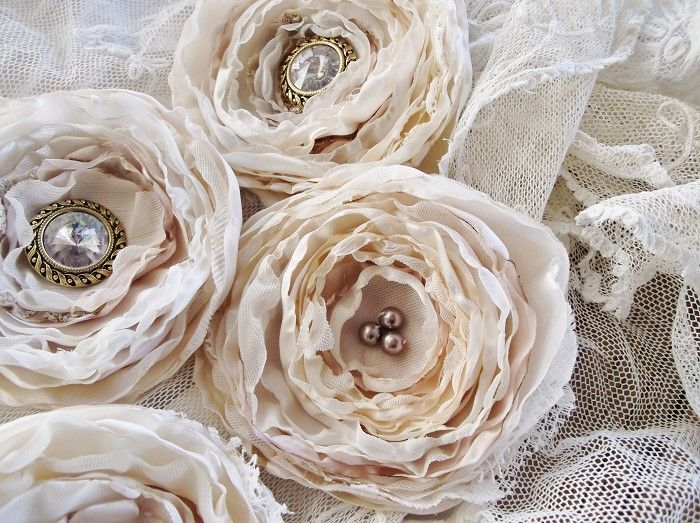 5 LARGE DEEP IVORY CREAM SATIN LACE TULLE FABRIC FLOWERS WEDDING DECOR DIY - by frenchcream on madeit