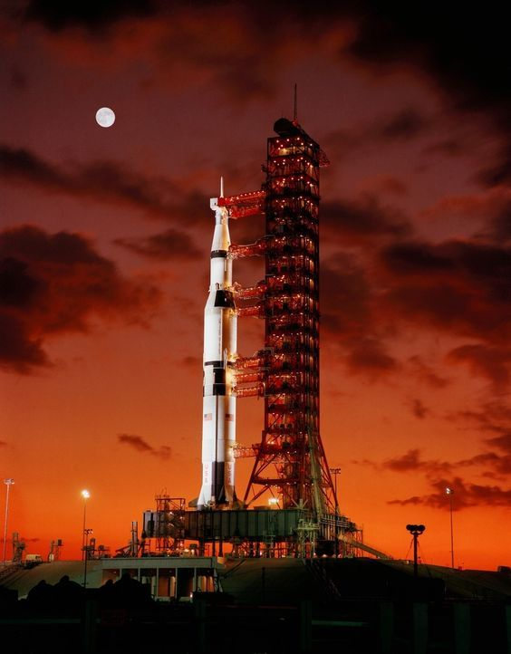 Early morning view of Apollo 4 unmanned spacecraft on launch pad.