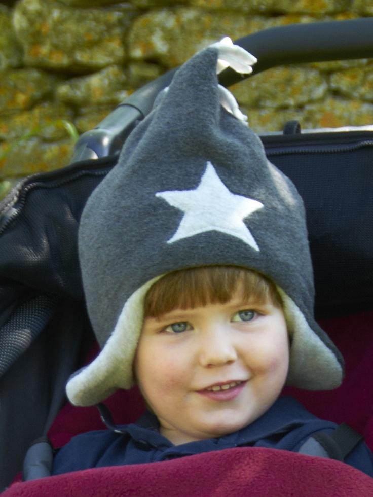 Charcoal / Silver Fleece Star Hat