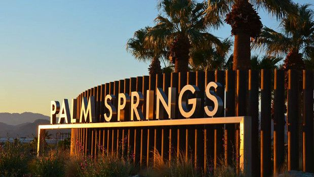 Exploring Palm Springs: http://www.flightcentre.ca/blog/exploring-palm-springs/