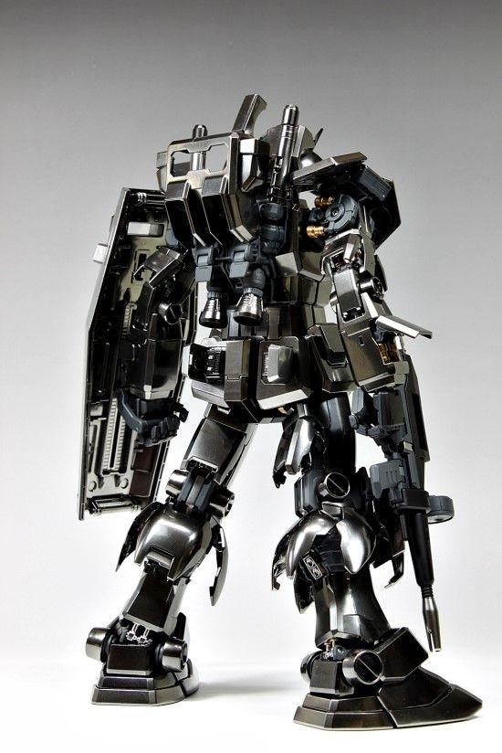 GUNDAM GUY: PG 1/60 RX-78-2 Gundam - Metallic Colors Painted Build