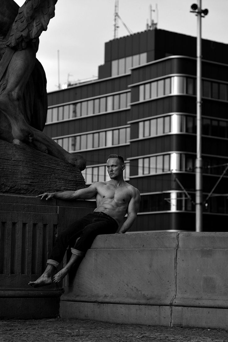 "Wish I had the chance to be there, this relentless work by photographer Xander Hirsh featuring Karl Bloss is the major thing! ""Monumental"" shows perfection and beauty of human body in combination with city architecture and sculptures. Agreed, Karl looks so good, fit and bulking, this is a gorgeous man. Don't miss out on more stunning photography by Xander a model turned photographer based in Wrocław, Poland."