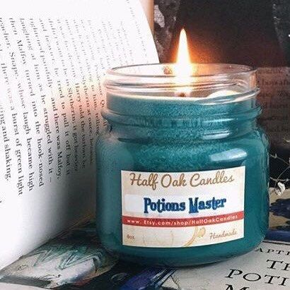 In honor of one of the bravest men we knew. Perfect candle for late night studying for your potions exam. Smells like a magical mixture of spells and dark arts. An original scent! Scent: Ancient paper, smoke, with hints of vanilla and mist   Our candles are highly scented with glass jars that can be washed and reused.  Burns for Approx. 55-60 hours  DISCOUNTS-------------------> Freeship50 - Free Ship on orders over $50 Free shipping only in USA  10Internationalship - $10 off on orders over…