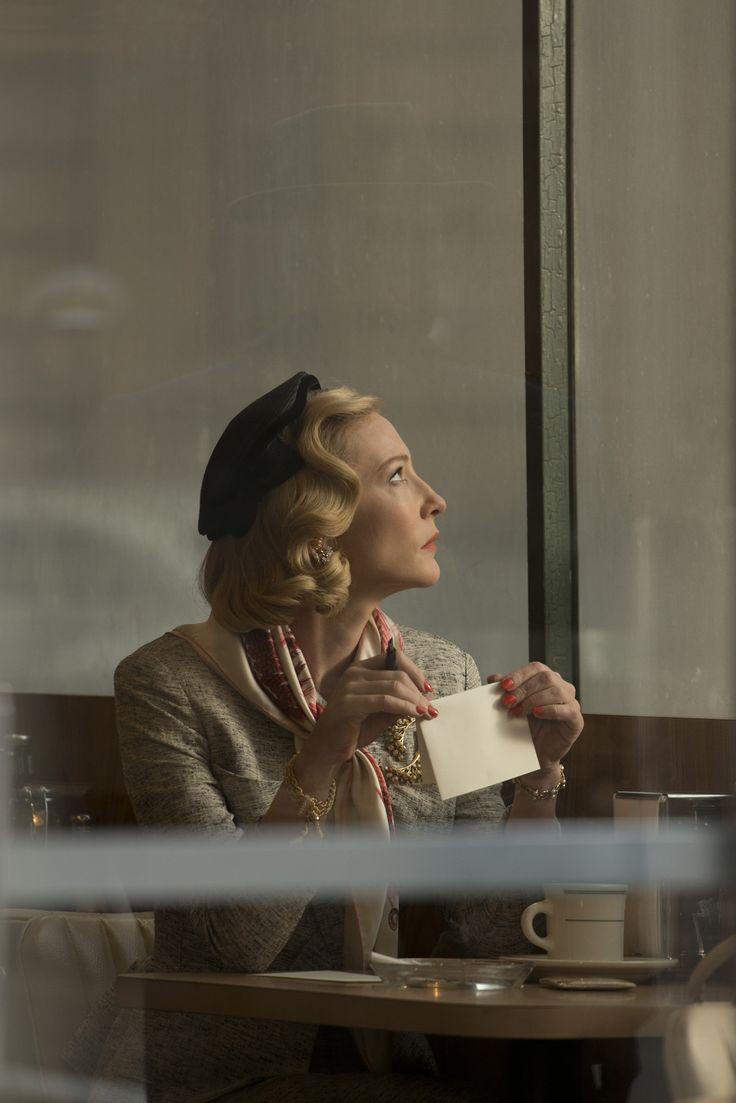 """Carol"" de Todd Haynes programmé mercredi 17 mai à 19h http://www.forumdesimages.fr/les-programmes/glamour/carol_1"