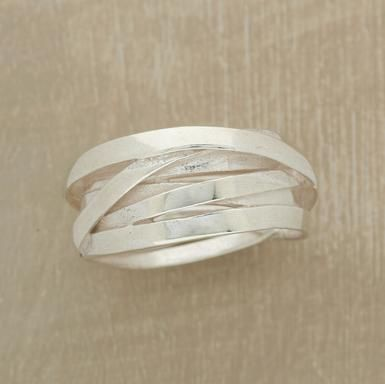 So simple, so beautiful: Cute Rings, Bands Rings, Thumb Rings, Intertwin Bands Meand, Band Rings, Bands Sterling Silver, Irregular Bands, Intertwin Rings, Silver Bands