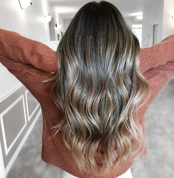 This girls hair is E V E R Y T H I N G