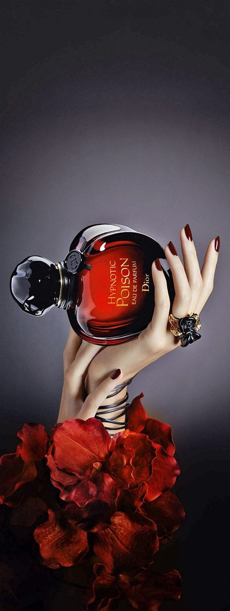 Looks Like A Rose, but everybody knows... Rosamaria G Frangini | Fashion Perfumes & Lotions | ColorDesire RED | Poison