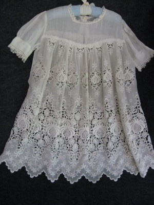 ANTIQUE ITALIAN LACE CHRISTENING DRESS with PHOTO