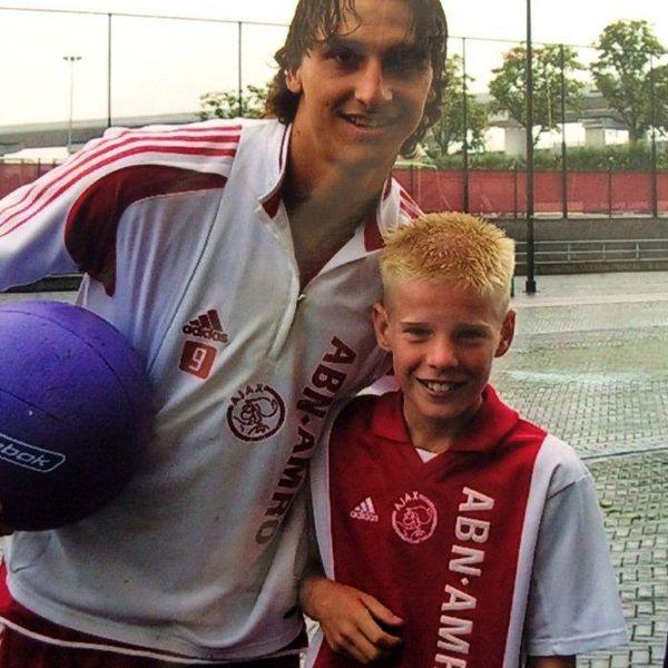 Gaat Davy Klaassen woensdag opnieuw op de foto met Zlatan Ibrahimovic? Hier het antwoord: http://youtu.be/pQJNvSnfiiQ