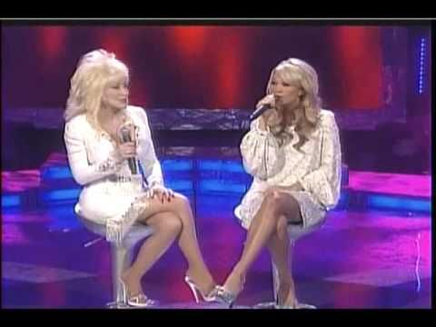 "Carrie Underwood joins Dolly Parton to sing her hit ""I Will Always Love You"" 